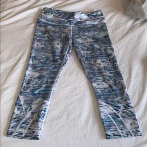Lululemon Inspire tights (like new)